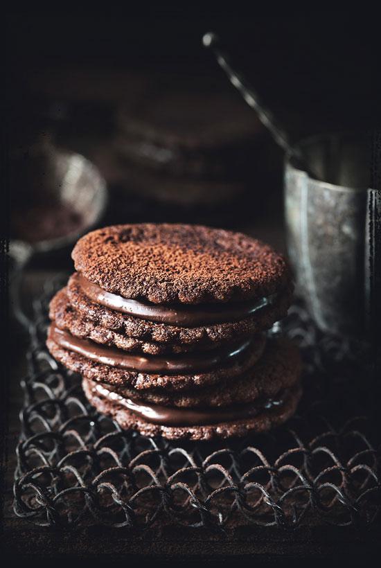 Fotka z knihy - Alena Hrbková - Jak se fotografuje jídlo - Nafoťte si vlastní kuchařku